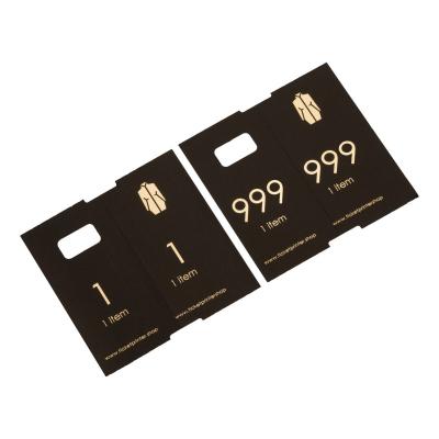 1000 vorgedruckte Garderobenmarken, schwarz mit Golddruck, Zahlen 1 bis 1000